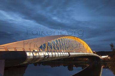 Europa, Tschechien, Prag, Troja Bridge, blaue Stunde