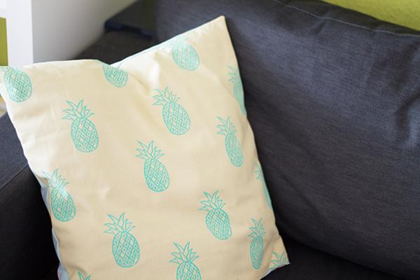 gelb-türkis Ananas  Stoffdruck Kissen