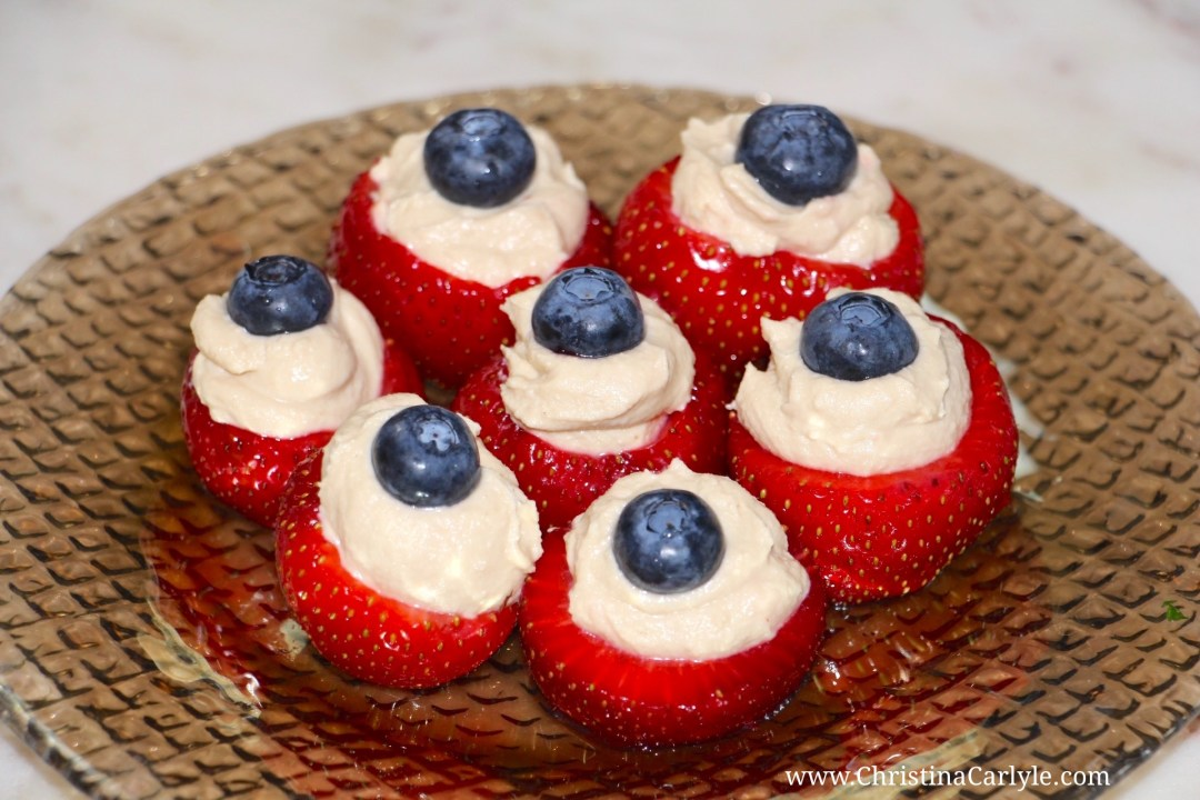 Red white and Blue Hummus Blueberry and Strawberry Bites Recipe   Healthy 4th of July Recipes from nutritionist Christina Carlyle https://christinacarlyle.com/healthy-4th-of-july-recipes/
