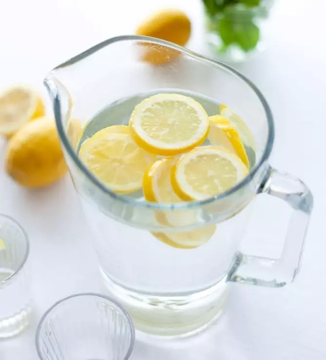 Pitcher of Lemon Water and lemon water ingredients