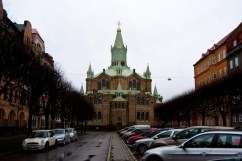 Sankt Pauli kyrka från Sankt Pauli kyrkogata.