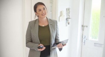 6 Reasons You'll Win by Selling with a Real Estate Agent This Fall | Simplifying The Market