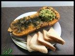 Ofenkürbis mit Avocado