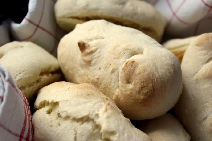 Mini-Baguettes aus Germteig - Rezept