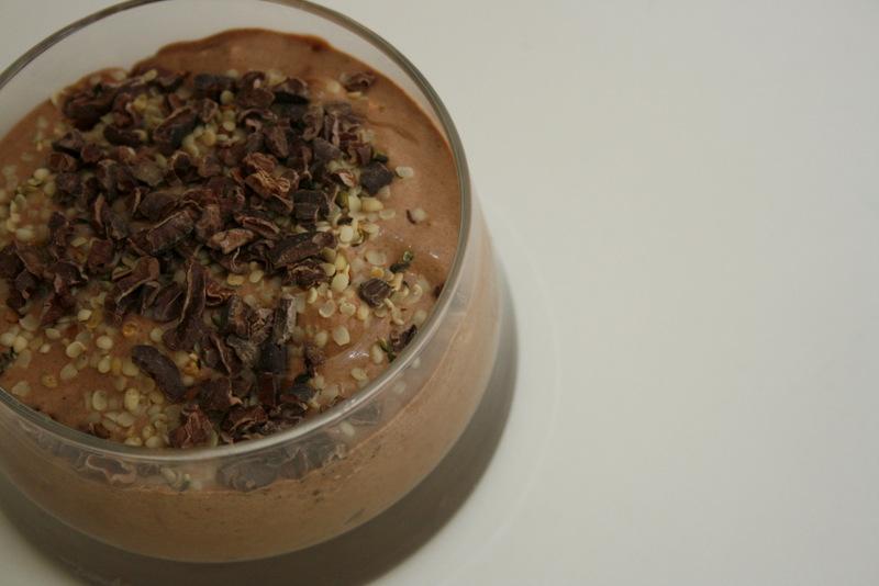 Cremet chokoladeis med crunch christinebonde