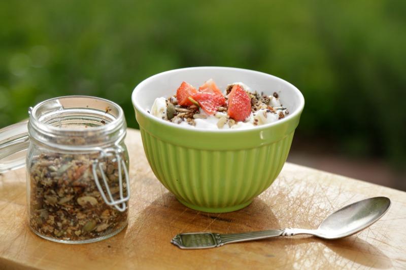 Hjemmelavet sund müsli glutenfri sukkerfri granola blog christinebonde