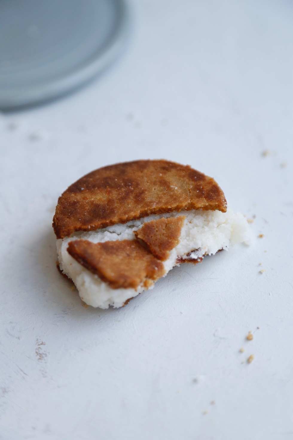 Cookie-sandwich med kokosfyld3