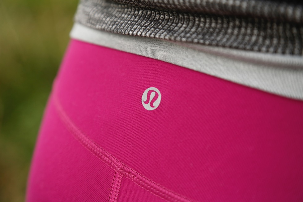 et-tight-tip-3-lululemon-wunder-under-pant-2