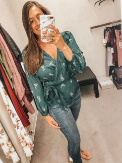 Who loves a good sale? This year I am obsessed with the 2018 Nordstrom Sale that is happening now! Be sure to check my faovirtes so you can get yours!