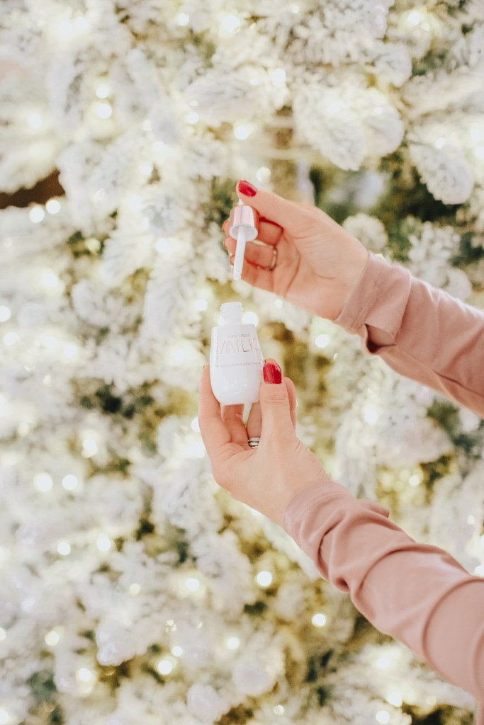 Do you have a loved one who loves everything beauty? Check out this beauty lover gift guide for the perfect gift to make their dreams come true!