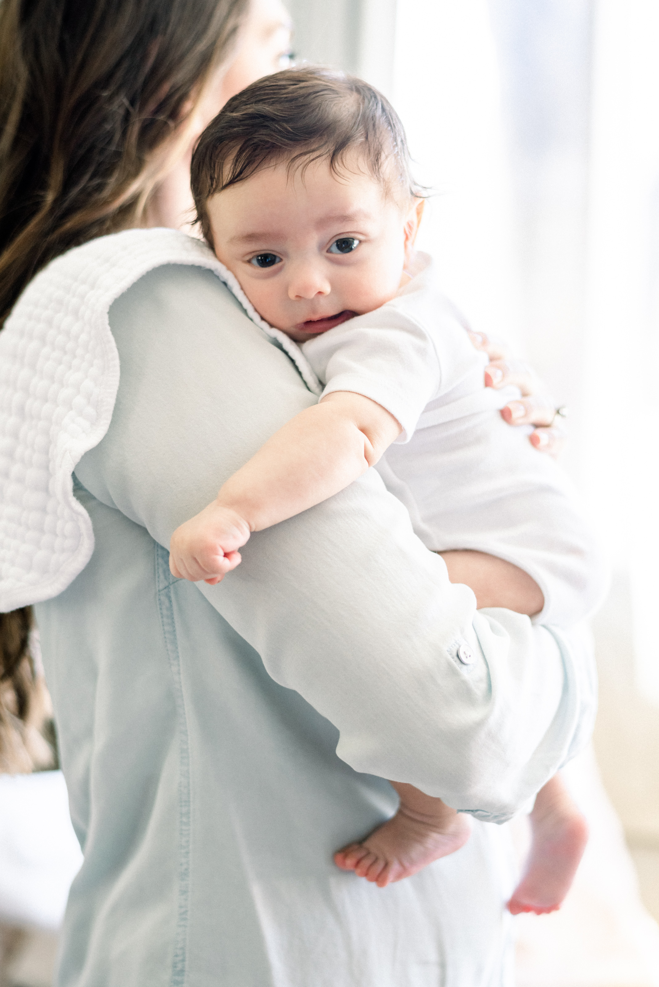 Having a colicky baby is no fun at all. Here are 16 Ways to Comfort Your Colicky Baby that can help your baby feel better!