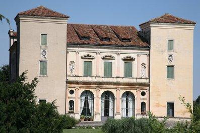 Villa at Cricoli