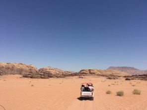 4x4 ride through the desert