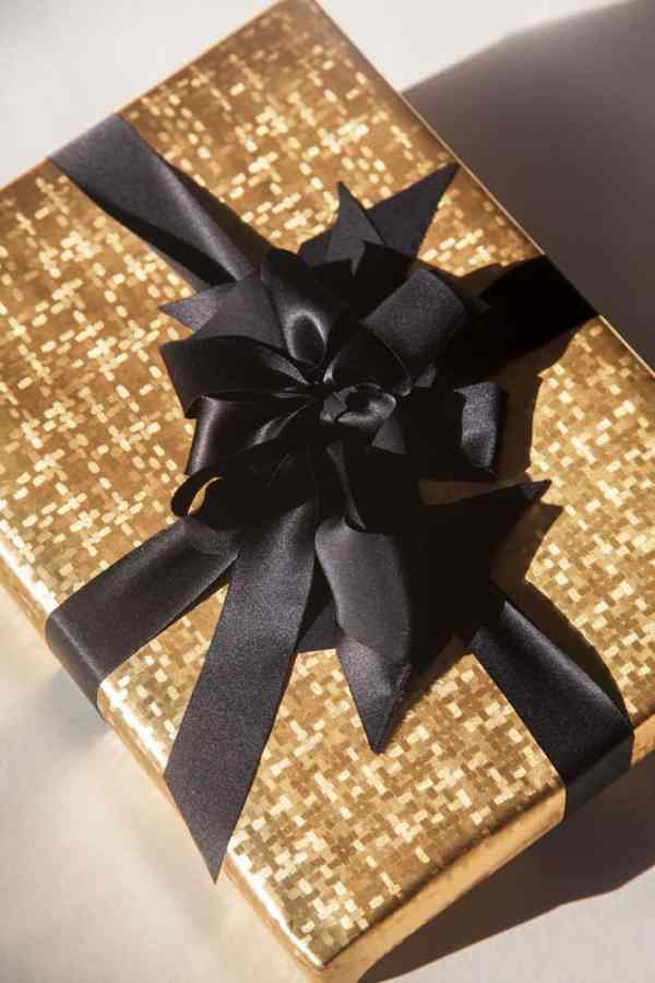 Elegance Gift Wrapping