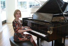 Singer songwriter Christine Rosander and The Fibonacci - Steinway & Sons 600,000th piano