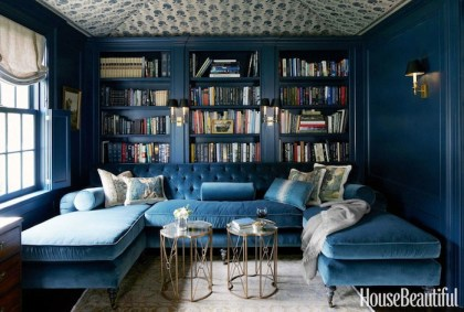 2blue-velevet-sectional-navy-blue-walls-house-beautiful