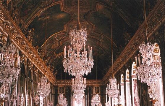 09_08_21 chandelier