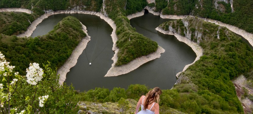 How to Visit the Uvac River Meanders in Serbia