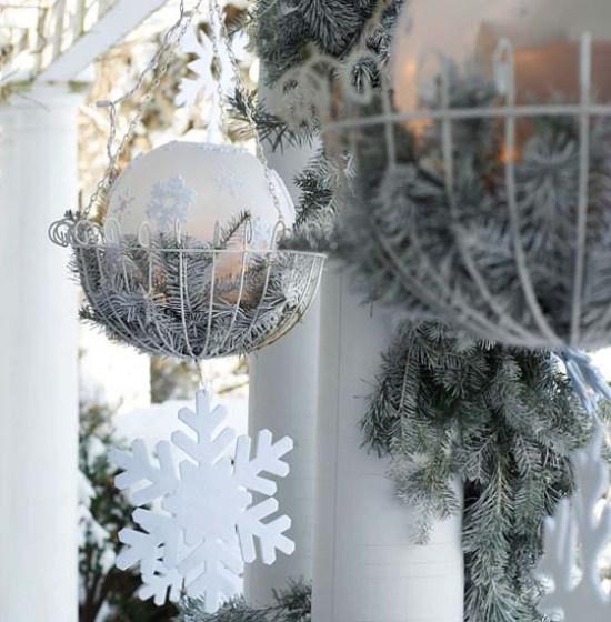 Decorazioni natalizie balcone portico e giardino guida - Decorazioni natalizie esterne ...