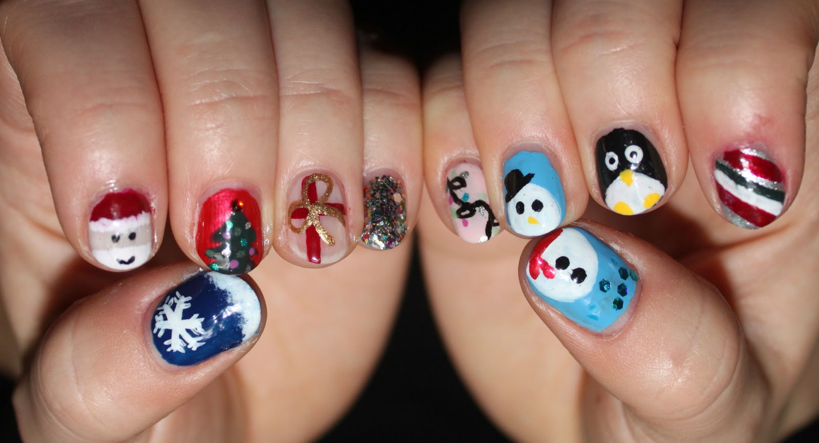 40 Easy Christmas Nail Art Designs All About