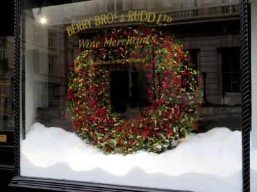 Very large luxurious Christmas wreath in Berry Brothers wine merchants