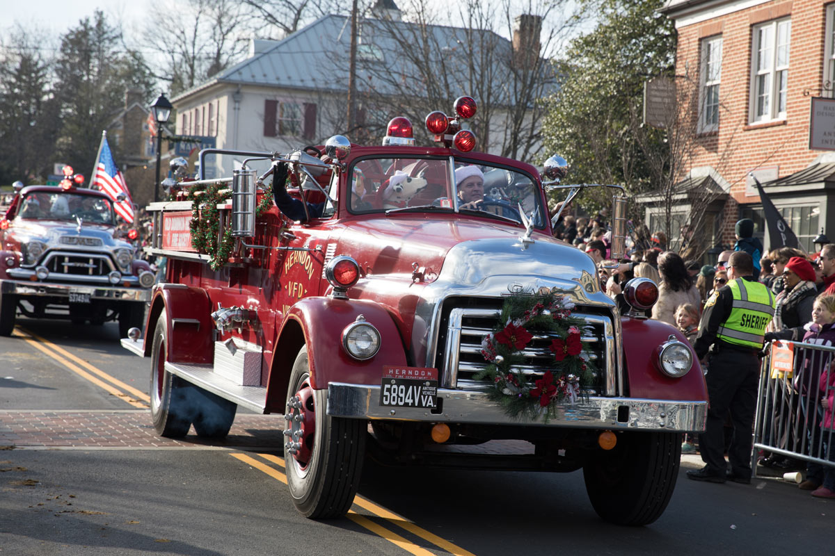 Middleburg Christmas Parade 2021 Craft Show Home Christmas In Middleburg