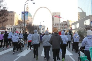 Runners under the St. Louis Arch during the 2013 Hungry Turkey 5k