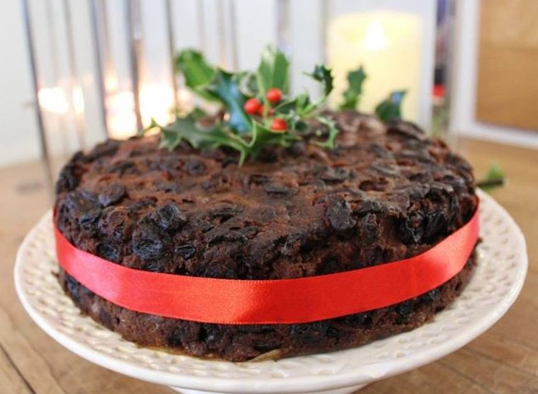 Easy Christmas cake recipe.