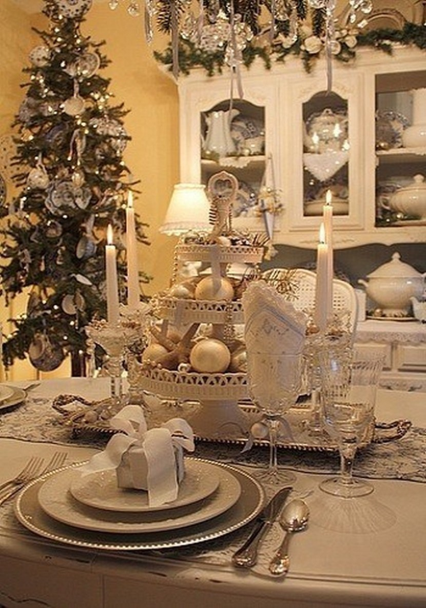100 beautiful Christmas table decorations from Pinterest ...