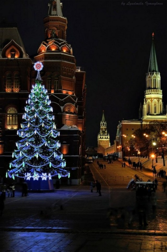 27 beautiful photos of Christmas in Moscow, Russia ...