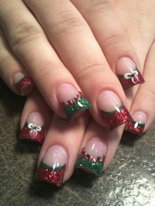 30 Festive Christmas Acrylic Nail Designs