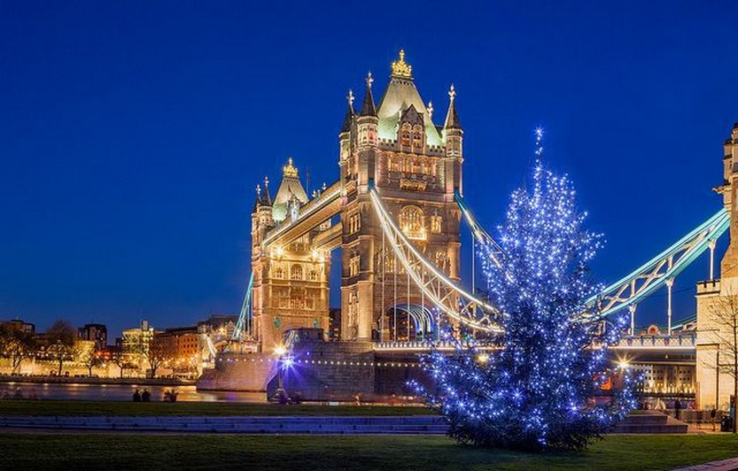 33 beautiful photos of Christmas in London, England