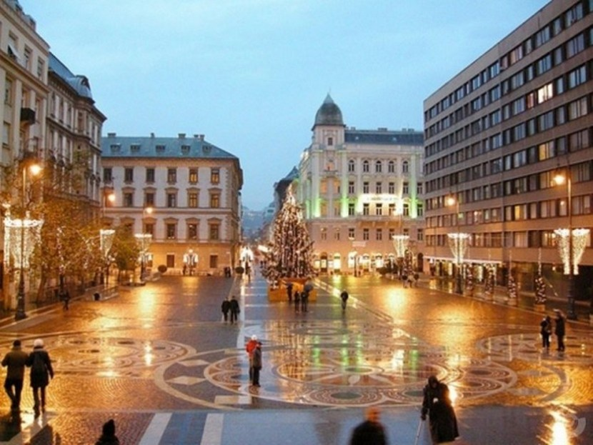 Christmas on St. Stephen Square, Budapest