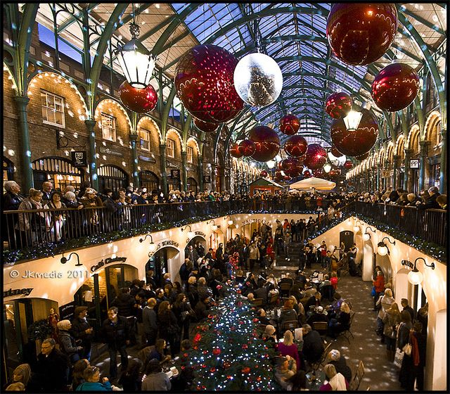 Christmas in Covent Garden London by JKmedia