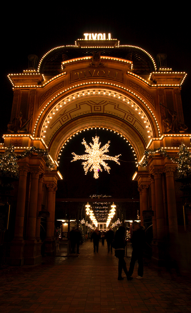 christmas-time-in-tivoli