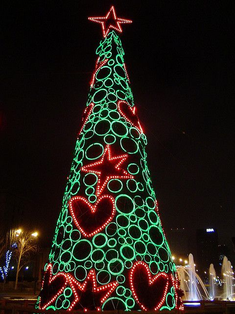 christmas-tree-in-madrid-spain