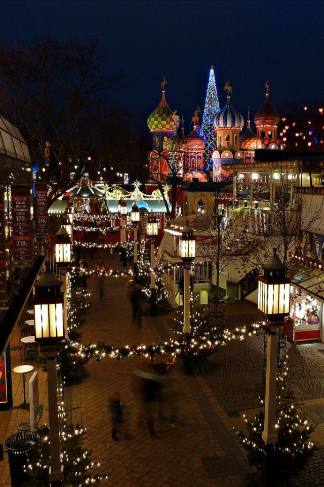 copenhagen-denmark-tivoli-christmas-market
