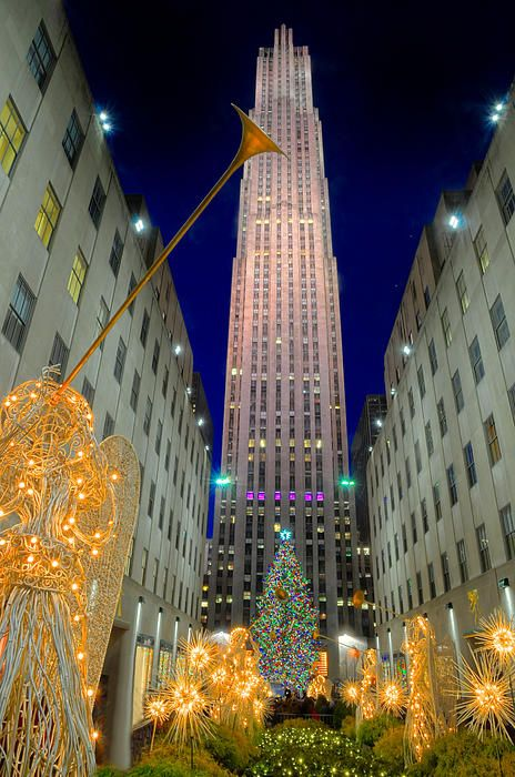 Rockefeller Center, New York City Merry Christmas! I will definitely be going there for Christmas someday