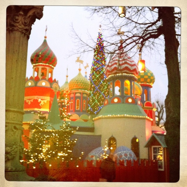 russian-christmas-in-the-tivoli-gardens-copenhagen