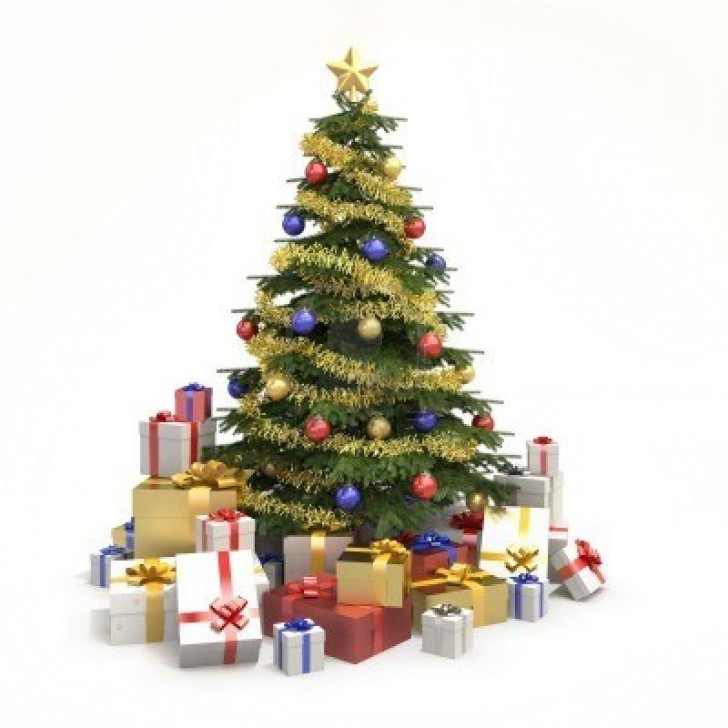 Decorated Christmas tree with gifts