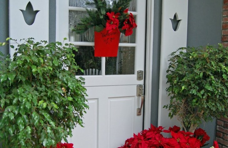 Door Decorations For Christmas Creative Decorating