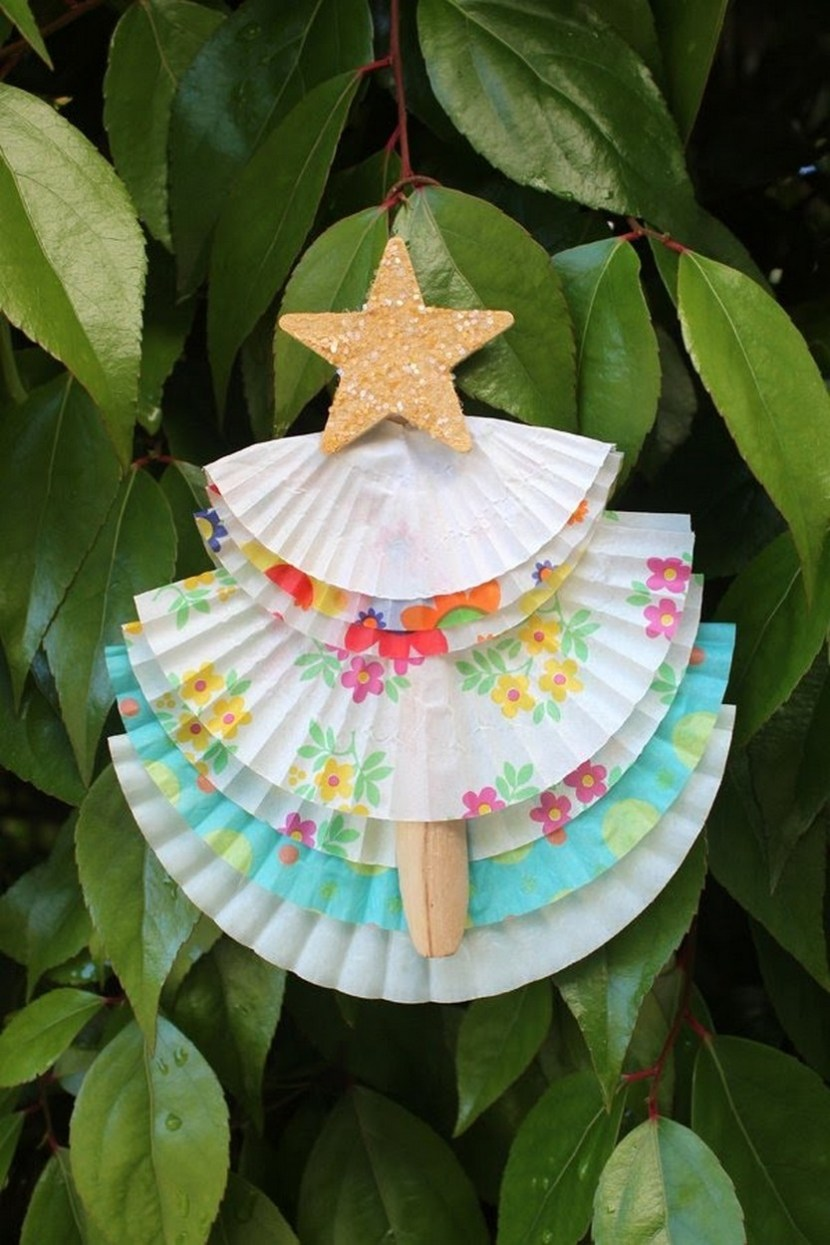 DIY cupcake liner Christmas tree ornament