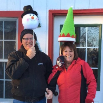ChristmasTreeAcres-OurFriends (64)