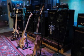 The basses of Christopher Bolte, Zsolt Varadi and Mischa Marcks @ Rheingold Music