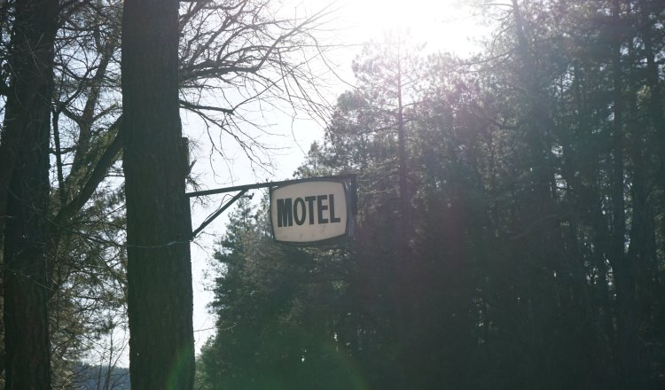 Motel Rooms in Christopher Creek