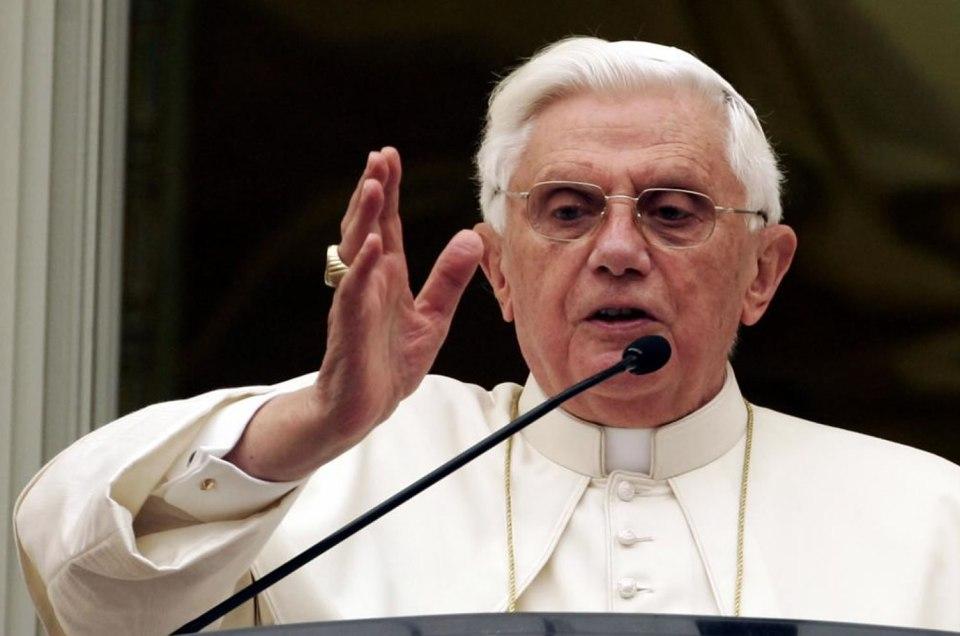 ¿Qué se esconde tras la dimisión de Benedicto XVI?