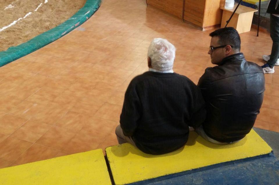Escuchar y aprender de nuestros mayores.