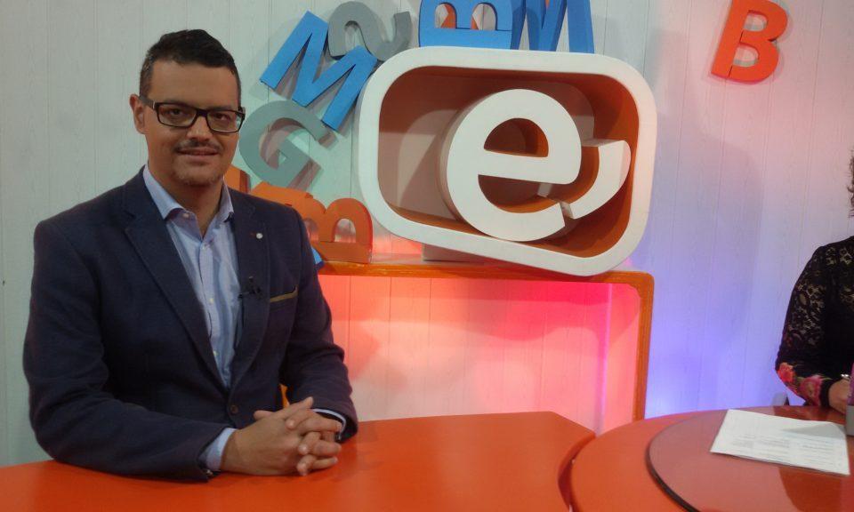 En Este Canal TV hablando de cultura y del futuro de Ingenio.