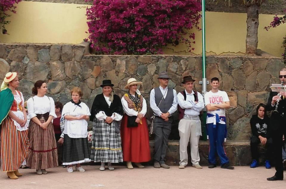 Celebrando el Día de Canarias en El Sequero.