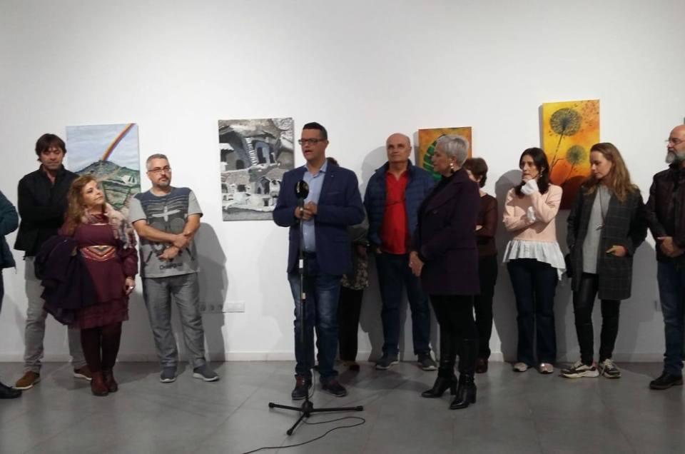 Inauguramos una nueva exposición de artistas locales.